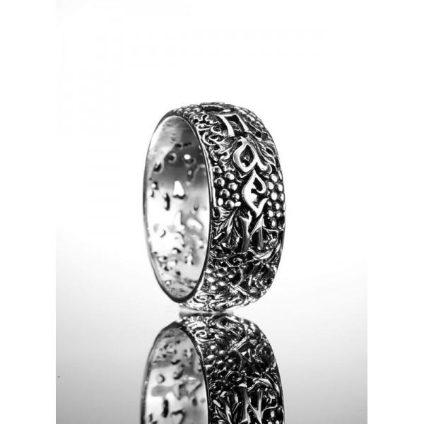 Кольцо с молитвой из серебра