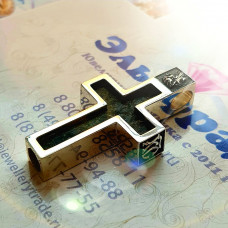 Православный нательный крест из серебра с агатом