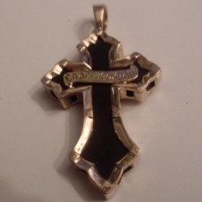 Крест из красного золота с эмалью